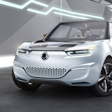 Ssangyong e-XIV Concept Is an Range Extended SUV with a Roof-Mounted Solar Panel