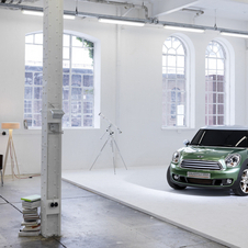 Mini revealed the Paceman Concept through a series of artistic studio photos