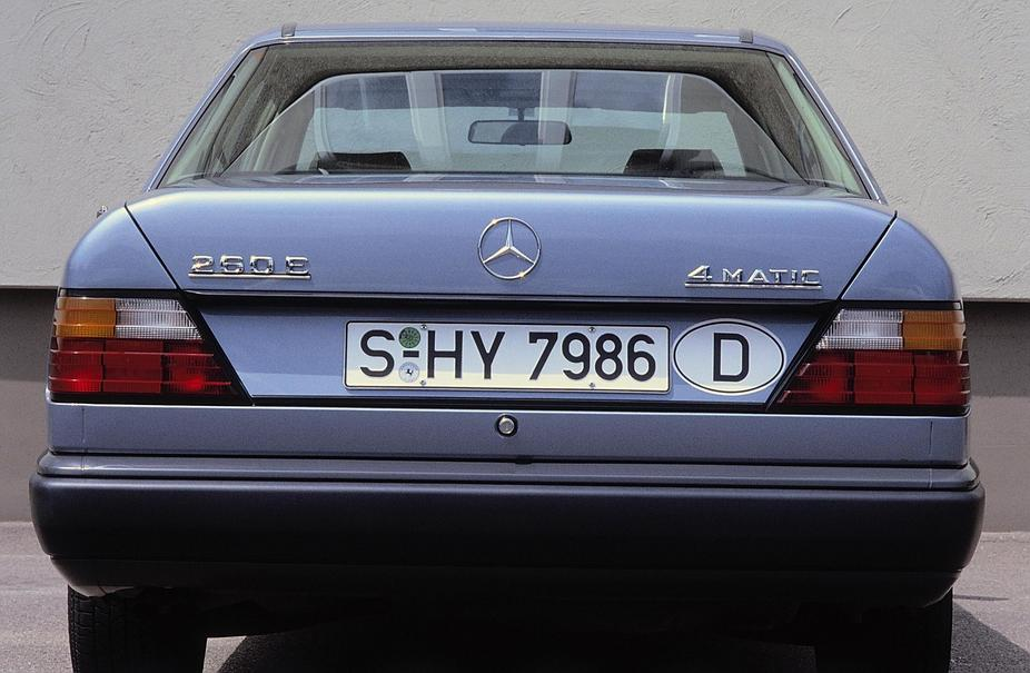 Mercedes-Benz 260 E 4MATIC Automatic