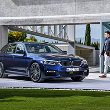 BMW 540i xDrive Touring