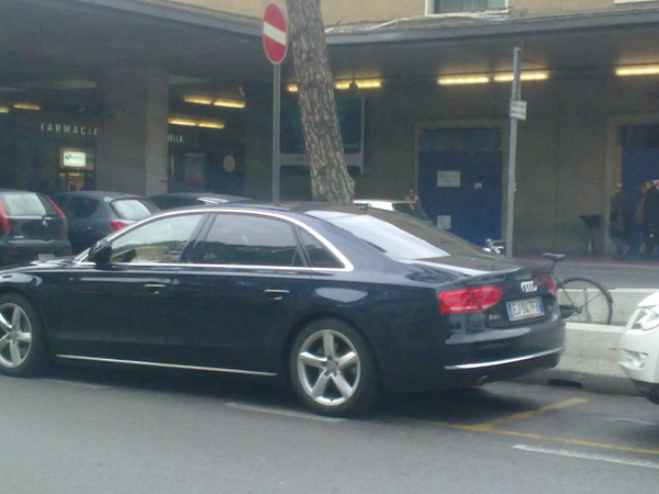 Audi A8 L 4 2 V8 Tdi Quattro 10 Photos And 61 Specs Autoviva Com
