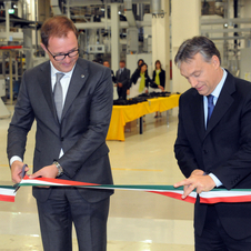 The factory was opened by the Hungarian prime minister and Opel deputy chairman