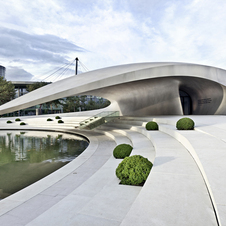 The Porsche Pavilion is meant to show the philosophy of the Porsche brand
