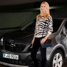 Claudia Schiffer will sell the Meriva and Mokka in ads in Europe