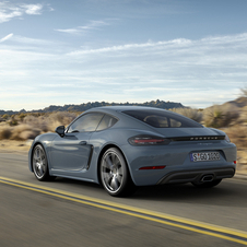 The 718 Cayman with PDK and the optional Sport Chrono Package accelerates from zero to 100km/h in 4.7 seconds