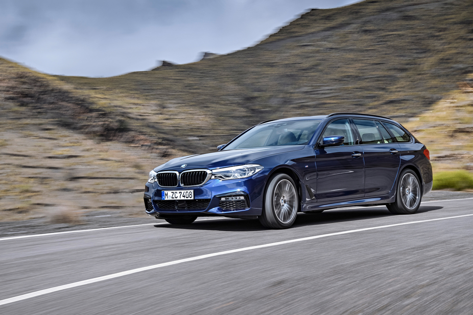 Two petrol and two diesel units will compose the engine lineup of the new BMW 5 Series Touring