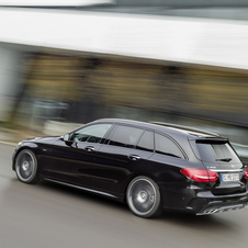 The C450 AMG 4MATIC sedan can reach 100km/h in 4.9 seconds, while the estate version does it in 5.0 seconds
