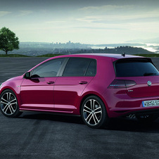 The new Golf GTD will also be there