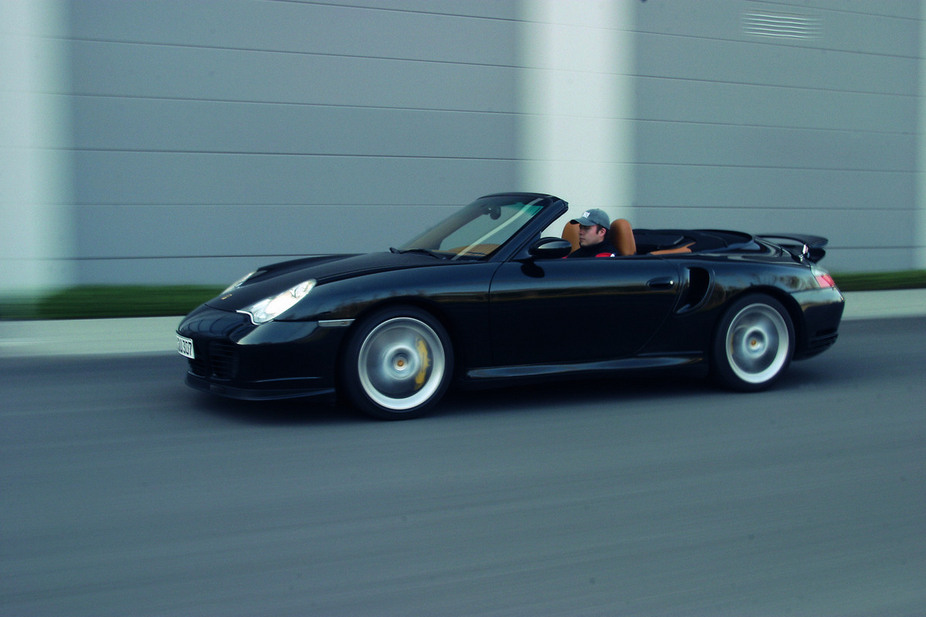 Porsche 911 Turbo S Cabriolet Tiptronic :: 2 photos and 71 specs ...