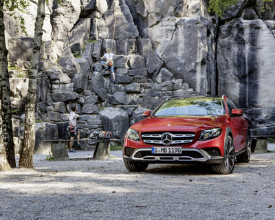 Mercedes gunning for the off-road estates