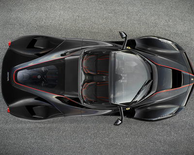 Open-top Ferrari LaFerrari photos revealed
