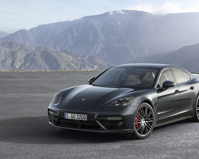 Second generation Porsche Panamera launched