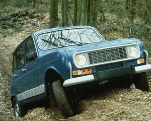 R4 Sinpar four-wheel drive