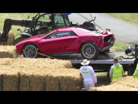 Italdesign Giugiaro Lamborghini Parcour Concept and Porsche 962 Crash at Goodwood Festival of Speed