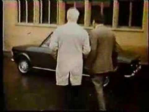 Old Commercial - Fiat 128 - by Reverendo