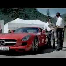 Mercedes SLS AMG drives upside down in a tunnel