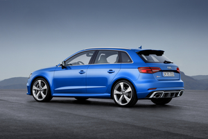 RS3 Sportback reaches a limited top speed of 250km/h or 280km/h if required by customer