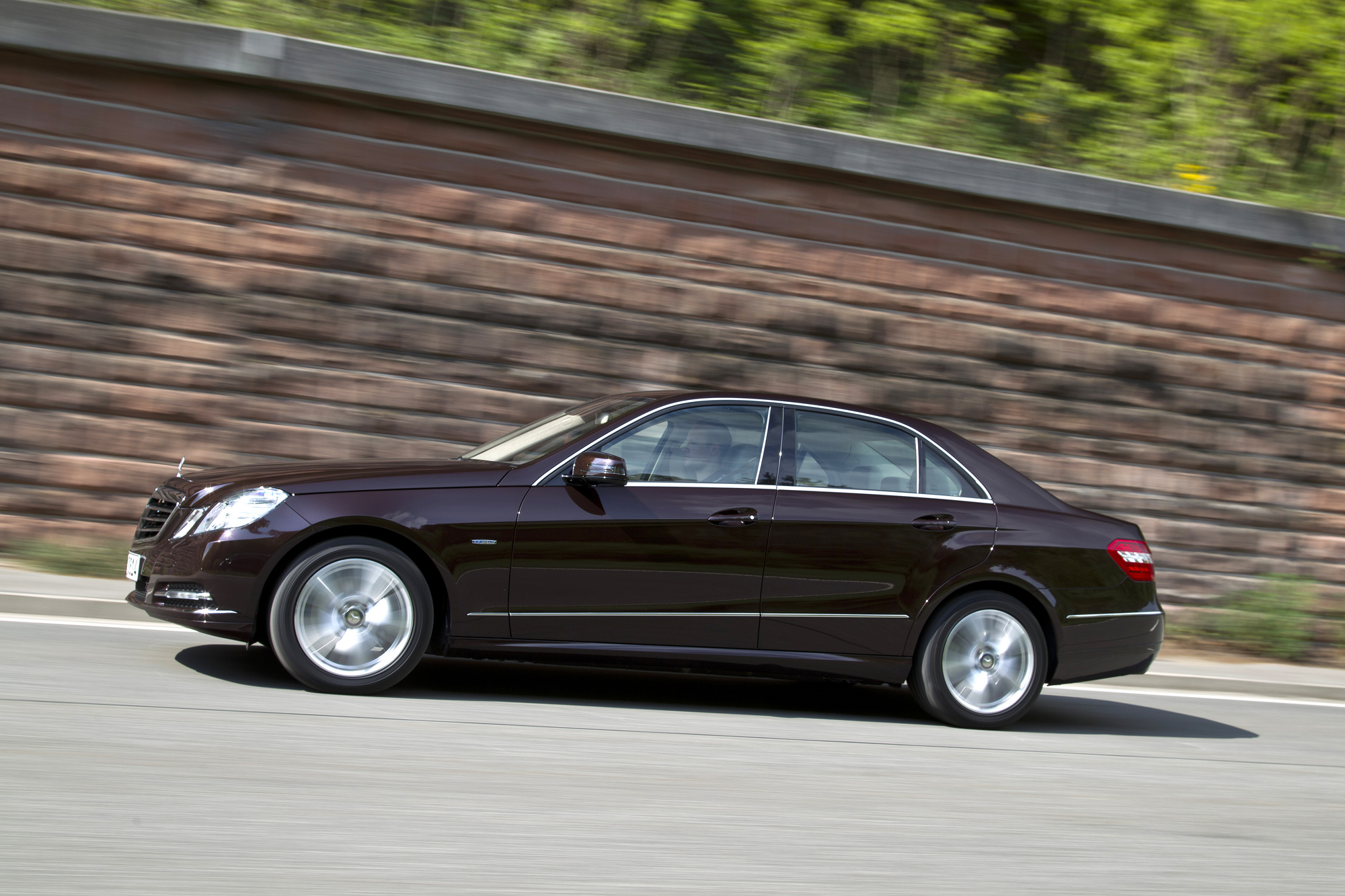 Mercedes-Benz E 200 BE Auto