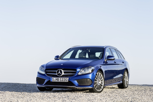 In terms of design the new C-Class Estate is quite similar to the sedan, but all-new from the B-pillar to the back