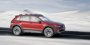 Thanks to the two electric motors, the Tiguan GTE Active can be driven in all-wheel drive mode exclusively powered by electricity
