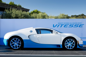 The paint scheme is based on the Bugatti 37A